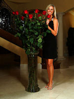 Ultra-Long Red Roses