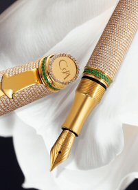 Luxury pens for men and women.