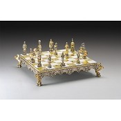 Vaticano Soldiers vs Lanzichenecci Gold and Silver Themed Chess Set
