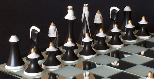 Modern Royal Dux Chess Set