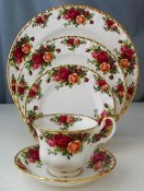Royal Albert Old Country Roses 20 Piece Setting