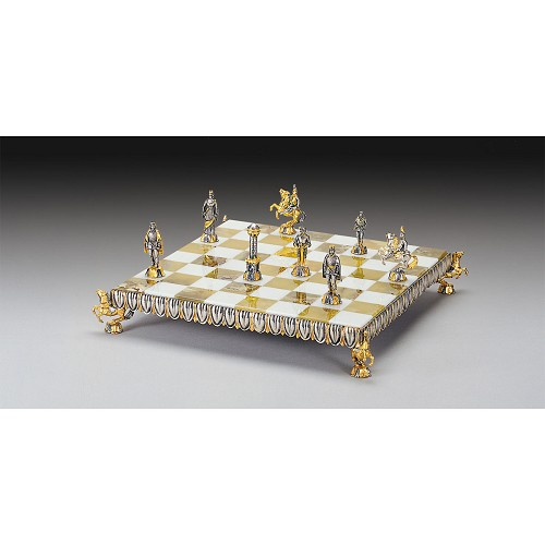 Florentine Renaissance Chess set completely handmade in solid bronze finished with 24k gold and silver.