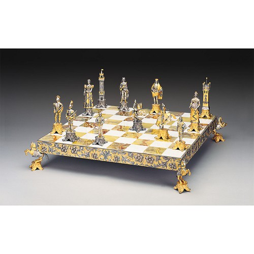 Medici vs Pazzi (1478) Gold Silver Themed Chess Set