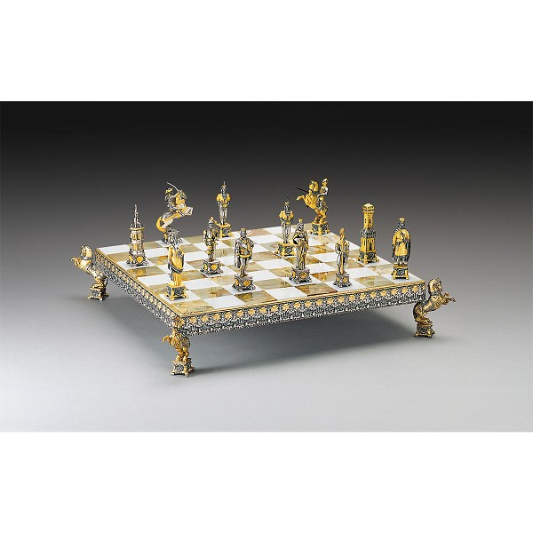 Vaticano Soldiers vs Lanzichenecci Gold and Silver Themed Chess Board