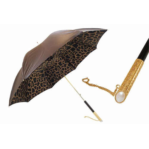 Beautiful Giraffe motif umbrella with jeweled handle.
